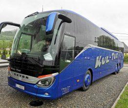 Reklama na autobusie – KUL-TUR